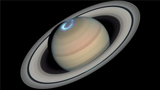 Το Hubble «είδε» Βόρειο Σέλας στον Κρόνο