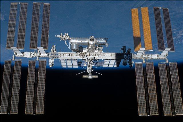 Από ανθρώπινο χέρι και όχι μετεωρίτη η μικρή ρωγμή στον Διεθνή Διαστημικό Σταθμό