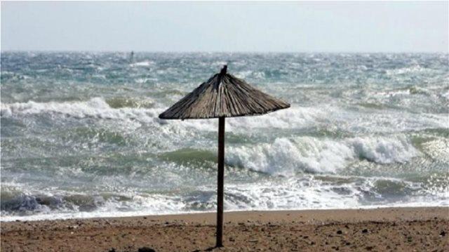 Αλλάζει ο καιρός με βροχές, σποραδικές καταιγίδες και ισχυρούς βοριάδες στο Αιγαίο