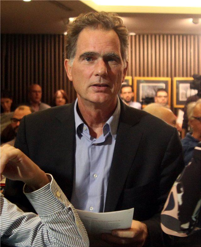 Συνάντηση Φώφης Γεννηματά - Νίκου Παπανδρέου για το ευρωψηφοδέλτιο