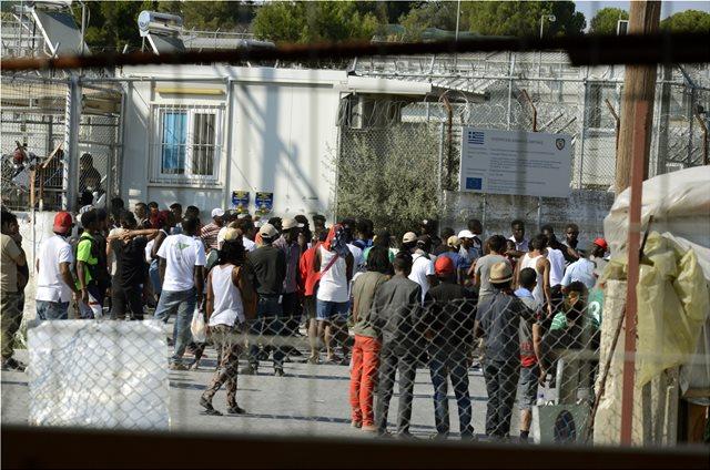 ΝΔ: Η Μόρια εκθέτει τη χώρα διεθνώς και αποκαλύπτει την ανικανότητα και την υποκρισία των ΣΥΡΙΖΑΝΕΛ