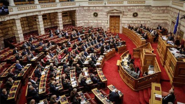ΚΚΕ: Παραπλανητικό το δημοσίευμα του ΑΠΕ - ΜΠΕ σχετικά με την στάση του κόμματος στη Βουλή