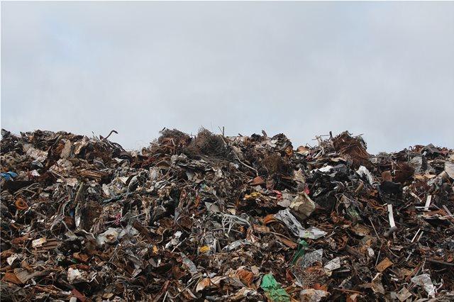 Ένας πλανήτης... χωματερή: Ο παγκόσμιος όγκος των απορριμμάτων μπορεί να αυξηθεί κατά 70% ως το 2050!