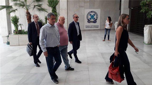 Η κυβέρνηση καλύπτει τον Καμμένο για τους δημοσιογράφους που συνελήφθησαν