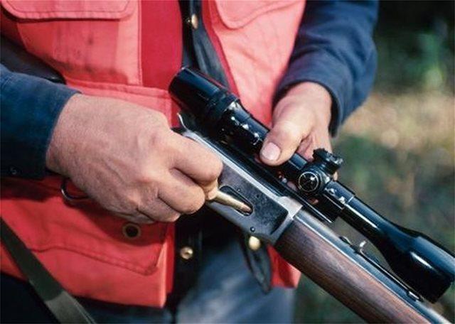 Λαθροκυνηγός σκότωσε δεκάδες πάπιες στον Αμβρακικό