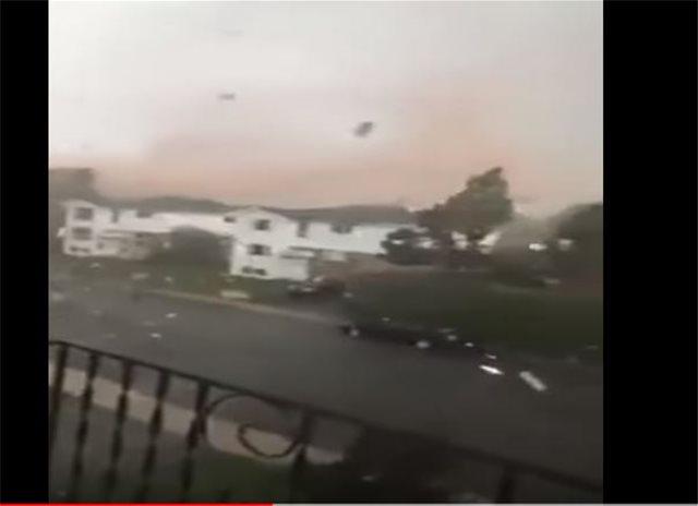 Βίντεο-σοκ: Τρομερή καταιγίδα «σαρώνει» την Οτάβα στον Καναδά