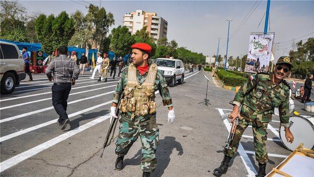 Ισλαμικό Κράτος: Εμείς προκαλέσαμε το μακελειό στη στρατιωτική παρέλαση στο Ιράν
