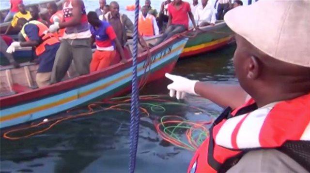 Θαύμα στην Τανζανία: Βρέθηκε ζωντανός τρεις ημέρες μετά το ναυάγιο με τους 183 νεκρούς
