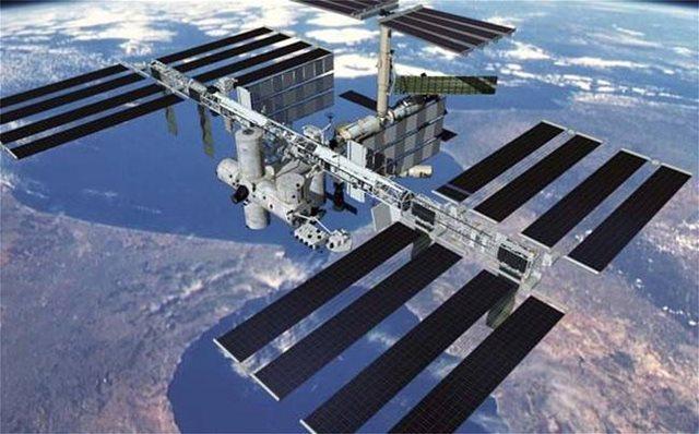 Ρωσία: Πιθανώς η διαρροή οξυγόνου στον Διεθνή Διαστημικό Σταθμό να είναι εσκεμμένη