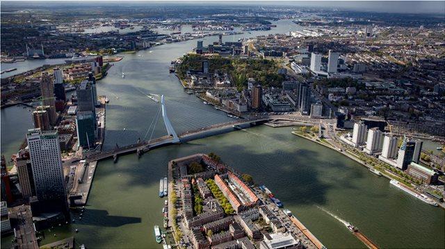 Ολλανδία: Δικαστήριο αναγκάζει την κυβέρνηση να προσπαθήσει περισσότερο στην αντιμετώπιση της κλιματικής αλλαγής