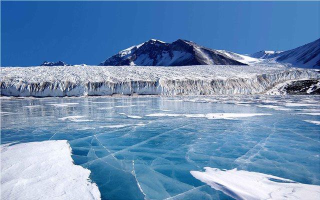 «Αόρατος» εχθρός από την Αρκτική απειλεί με αφανισμό την ανθρωπότητα
