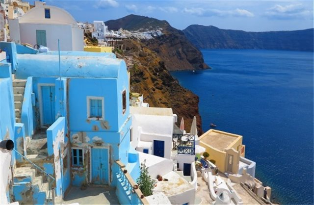 Tranio-MR&H survey: Cyclades islands top choice for hotel investment in Greece