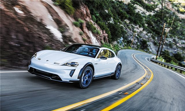Δοκιμάζουμε την Porsche Mission E Cross Turismo