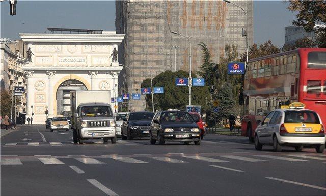 Αυτοκινητοβιομηχανίες λένε όχι στην Ελλάδα και βλέπουν Σκόπια…