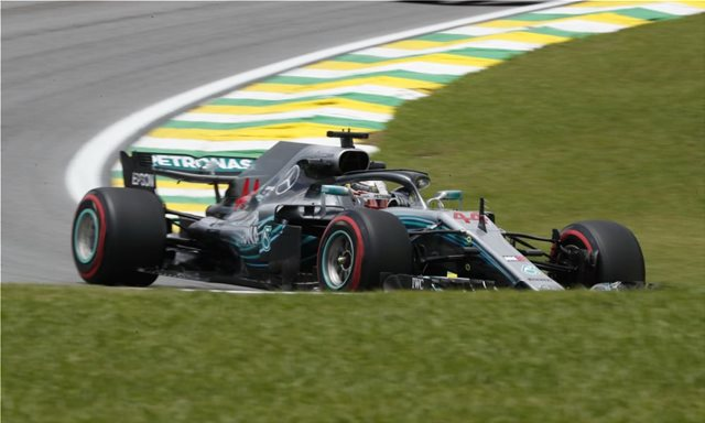 GP Βραζιλίας: Pole και στο Ιντερλάγκος για τον Hamilton