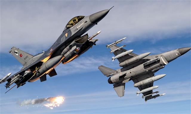 Νέο μπαράζ παραβιάσεων του ελληνικού εναέριου χώρου από τουρκικά μαχητικά