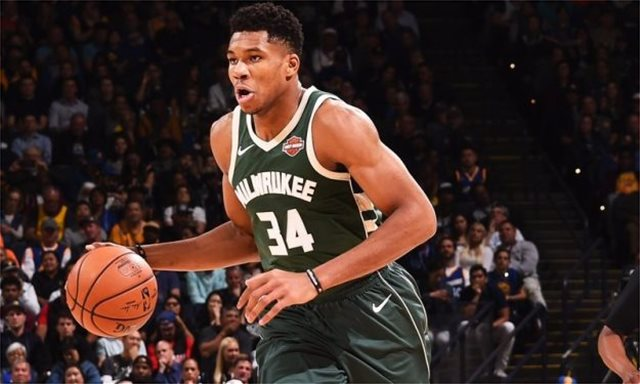 Giannis Antetokounmpo: I might play in Greece with my bro on our own team (video)