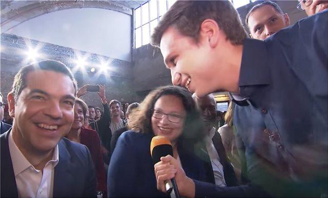 Πηγές ΝΔ για το επεισόδιο Τσίπρα με Γερμανό δημοσιογράφο: Γελούσε την ώρα που χλεύαζαν τη χώρα