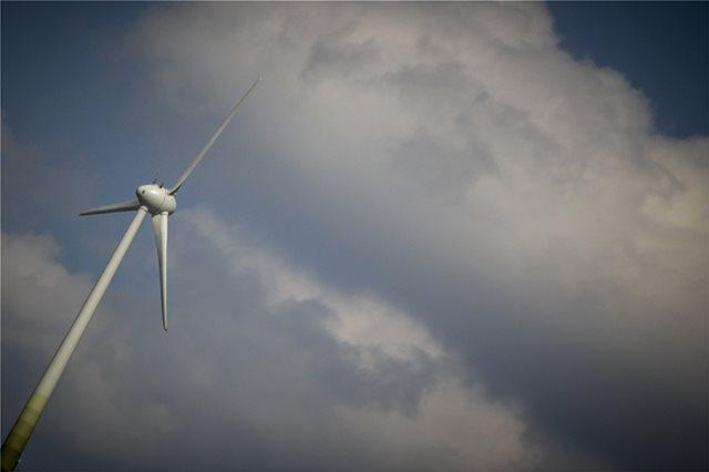 ΕΛΚΕΘΕ: Μονόδρομος για την Ελλάδα η «γαλάζια» ενέργεια