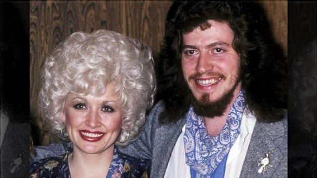Έφυγε από τη ζωή ο αδερφός της Dolly Parton