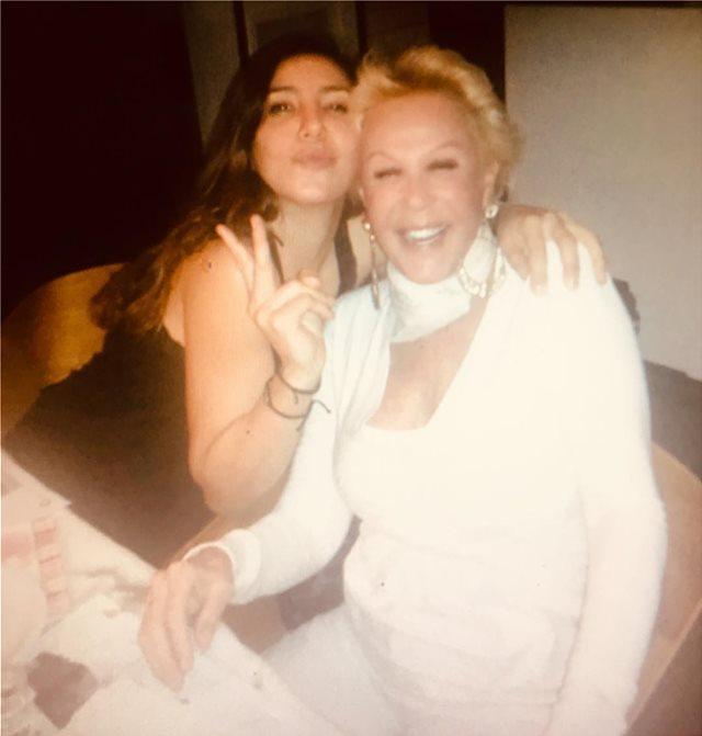 Ζωή Λάσκαρη: Η Μαρία Ελένη Λυκουρέζου θυμήθηκε τα γενέθλια της μαμάς της