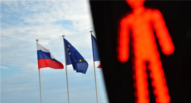 Bloomberg: Η ακυβερνησία στην Ευρώπη και τις ΗΠΑ αφήνει ένα μεγάλο κενό σε αυτό που ονομάζουμε Δύση