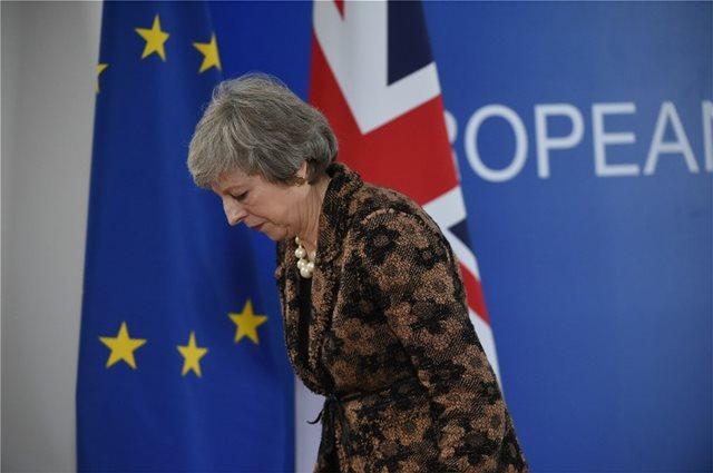 Brexit: Πιέσεις για να έρθει η συμφωνία της Μέι στη Βουλή πριν τα Χριστούγεννα ασκούν οι Εργατικοί