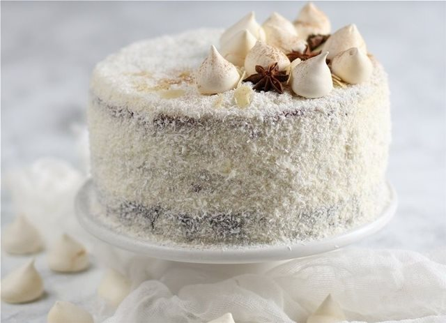 Εντυπωσιακή τούρτα καρύδα