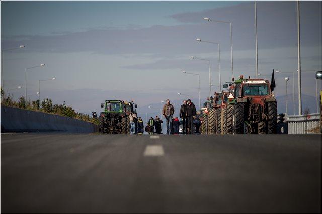 «Μπλόκο» στον Ε-65 λόγω αγροτικών κινητοποιήσεων - Εναλλακτικές διαδρομές ανακοίνωσε η ΕΛΑΣ