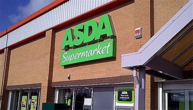 Συναγερμός στη Βρετανία: Εκκενώθηκε σούπερ μάρκετ λόγω «ύποπτου» δέματος