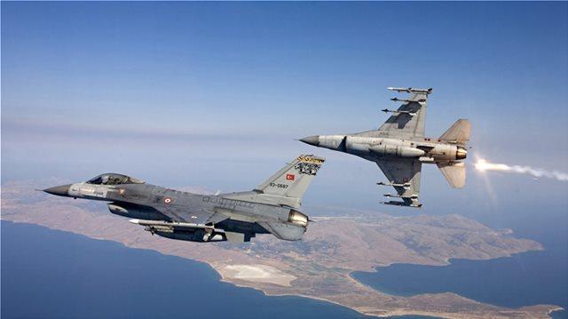 Τουρκικά μαχητικά πέταξαν πάνω από Οινούσσες κι άλλα δύο ελληνικά νησιά