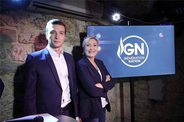 Γαλλία: Η Λεπέν εμπιστεύεται έναν 23χρονο για επικεφαλής της λίστας στις ευρωκλογές