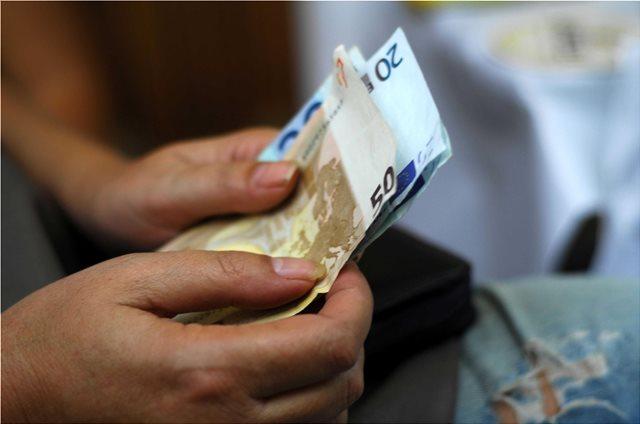 Κοινωνικό Μέρισμα: Φταίει ο... IBAN που «κόπηκαν» χιλιάδες δικαιούχοι