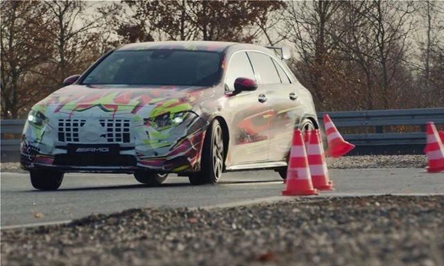 Video: Η νέα Mercedes-AMG A45 ντριφτάρει