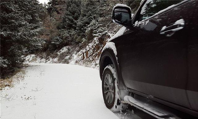 Οδήγηση σε χιόνι και πάγο: Τι να προσέχω - Τα SOS