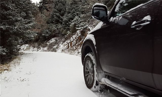 SOS: Οδήγηση σε χιόνι και πάγο