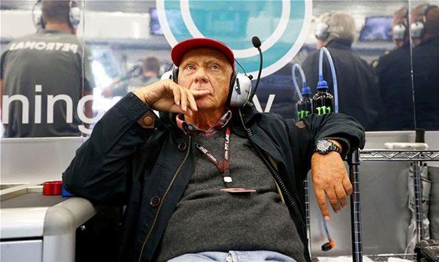 Στην εντατική ξανά ο Lauda