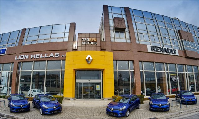 5 Renault CLIO δωρεά στους πυροπαθείς