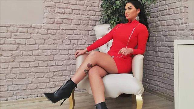 Ρένια Τσακίρη: Οι σέξι φωτογραφίες της στο instagram