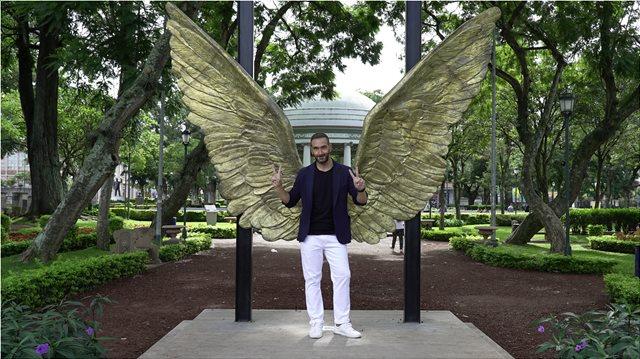 Celebrity Travel: Ο Νίκος Κοκλώνης επιστρέφει με ένα special επεισόδιο