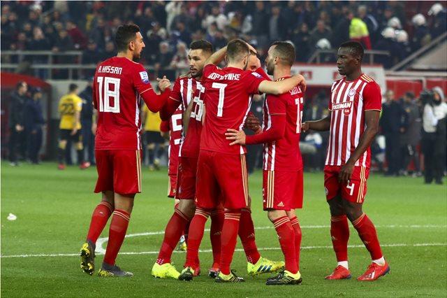 Ο Ολυμπιακός διέλυσε την ΑΕΚ με 4-1: Δείτε τι έγινε στα παιχνίδια της Super League