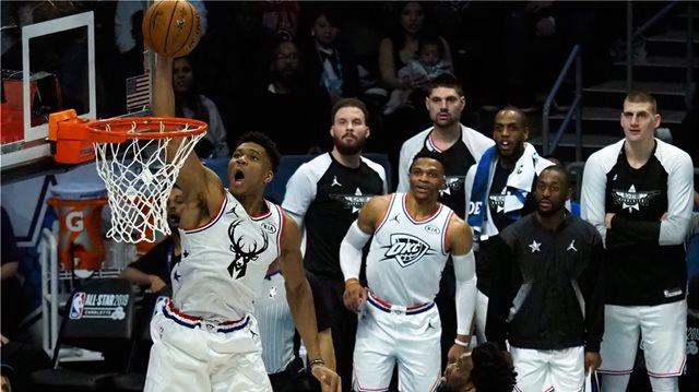 «Βασιλιάς» o Αντετοκούνμπο, νίκη για την Team LeBron στο All Star Game