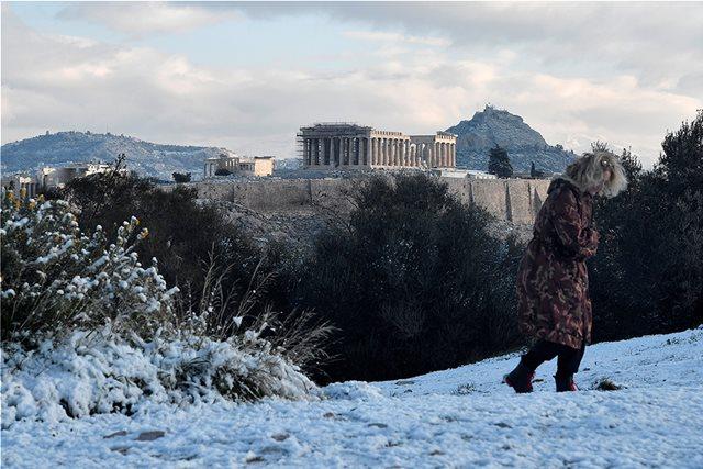 Καιρός: Έκτακτο δελτίο επιδείνωσης από το Σάββατο – Χιόνια ακόμη και στο κέντρο της Αθήνας