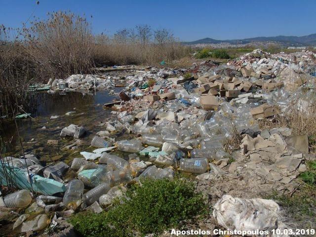Εικόνες-σοκ: Σκουπιδότοπος το δέλτα του Σπερχειού
