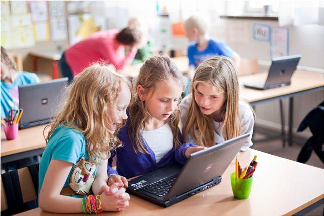 Βάλτε ψηφιακή τεχνολογία στο σχολείο για όλες τις ηλικίες!