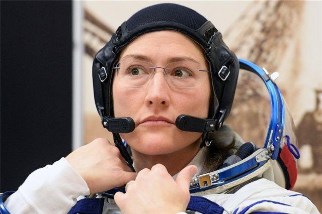 Η NASA ακυρώνει τον πρώτο «αποκλειστικά γυναικείο» διαστημικό περίπατο λόγω... γκαρνταρόμπας