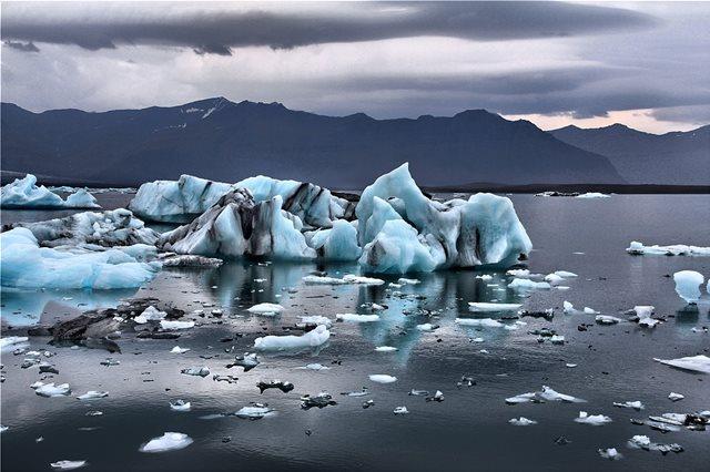 Μερικοί παγετώνες θα εξαφανιστούν τελείως μέχρι το 2100, προειδοποιούν οι επιστήμονες