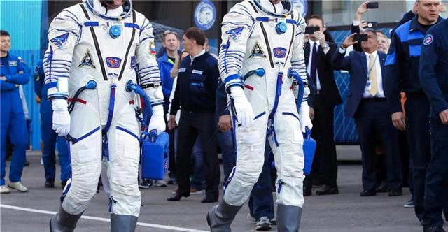 Η Ρωσία σχεδιάζει νέα διαστημική στολή