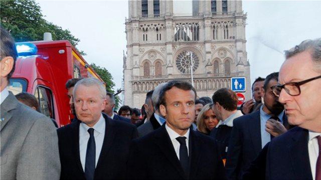Παναγία των Παρισίων: Η καταστροφή αύξησε την δημοτικότητα του Μακρόν