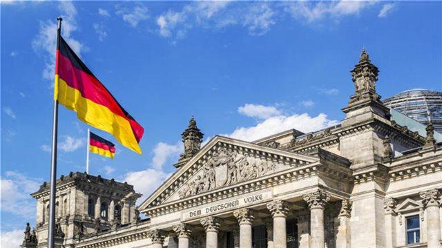FAZ για γερμανικές αποζημιώσεις: Να μην σβηστούν με την υπεροψία του ισχυρού